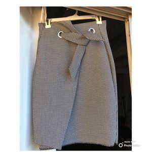 Midi black and white skirt